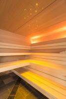 Sauna mit Farblichtsystem (gelb)